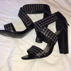 Steve Madden Chunky High Heel Sandals 7